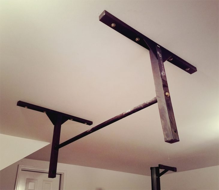 how to build a pull up bar in garage